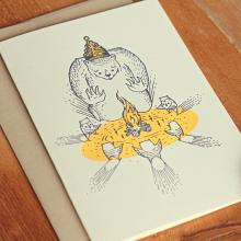 """Gift furniture Holstee-  Greeting Card Andrew Frazer- """"Sharing is Caring"""" Bear and Campfire design + envelope"""