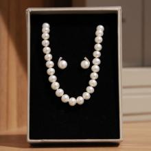 Mani Jewellery- Audrey Pearl Set with Necklace and Earing